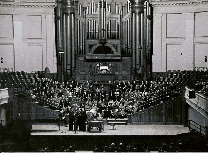 The Tory St. Hall Choir at the Wellington Town Hall,1952