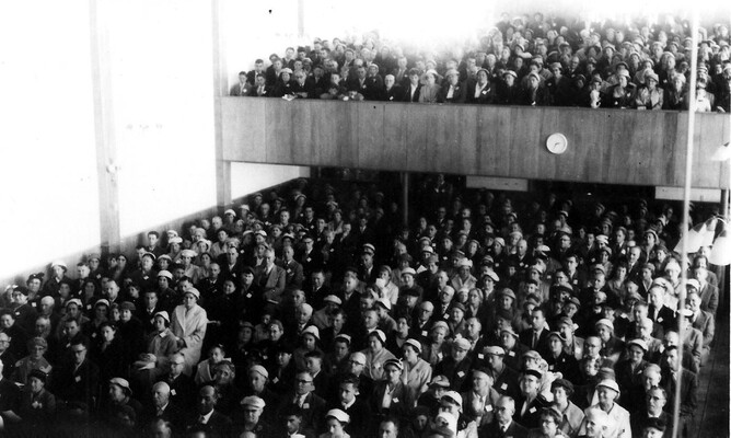 A full house at the opening of Elizabeth St. Chapel, 24 May, 1958